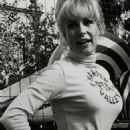 Barbara Eden - 454 x 791