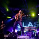Slash featuring Myles Kennedy live at the Fillmore Auditorium in Denver, CO on October 16, 2015 - 454 x 303