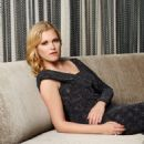 Eliza Taylor - Regard Magazine Pictorial [United States] (October 2014) - 454 x 592