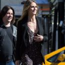 Heidi Klum spotted on the set of 'Ocean's Eight' in Los Angeles, California on March 6, 2017 - 416 x 600