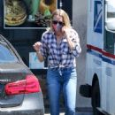Robin Wright – Out for some lunch to go at Pita Cafe in Los Angeles - 454 x 681