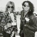 Stephen Pearcy w/ Vince Neil - 454 x 481