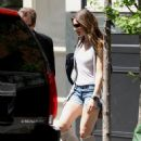 Jessica Biel - Essica Biel In Shorts/boots Leaving Her Apartment In New York City - May 1 2010