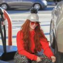 Phoebe Price – Takes her dog for a walk in Hollywood - 454 x 681
