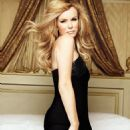 Amanda Holden - Easy Living Magazine Pictorial [United Kingdom] (August 2012) - 454 x 627