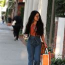 Vanessa Hudgens – Leaving a skin care clinic in West Hollywood - 454 x 681