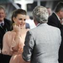 Coleen Rooney - Ladies Day' At The Horse Racing Meeting At Aintree In Liverpool, 10 April 2010 - 454 x 401