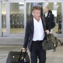 Sean Penn is spotted arriving at the Bradley International Terminal at LAX on March 25, 2017 - 411 x 600