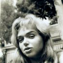 Yvette Vickers - 454 x 561