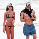 Izabel Goulart in Bikini and Kevin Trapp on the beach in Fernando de Noronha - 454 x 681
