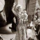 Mae West - 454 x 578