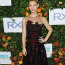 Claire Danes – Hudson River Park Gala in New York - 454 x 707