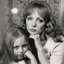 Nonna Terentyeva with her daughter Kseniya - 454 x 677