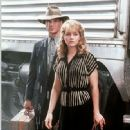 Patrick Swayze and Helen Hunt - 332 x 500