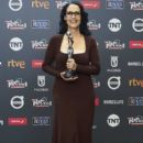 Sonia Braga- Platino Awards 2017- Red Carpet - 399 x 600