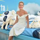 Anna Camp – Anna Camp and Serta promotional event in Los Angeles - 454 x 605
