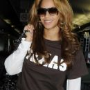 Beyoncé Knowles - Heathrow Airport, London - June 26 2008