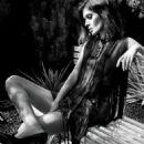 Lizzy Caplan - 454 x 545