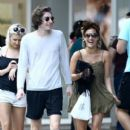 Caroline Flack goes for a stroll with friends in downtown Miami, Florida on January 2, 2016 - 405 x 600