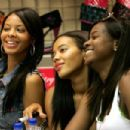 Angela And Vanessa Simmons In-Store - 454 x 302