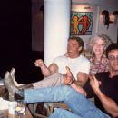 Betty Brosmer, Arnold Schwarzenegger, Sly Stallone - 454 x 353