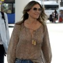 Elizabeth Hurley – Touches down in Palma - 454 x 620