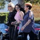 Ariel Winter – Heads to lunch with her family in LA