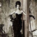 Christy Turlington - Vogue Magazine Pictorial [Italy] (August 2010) - 454 x 607