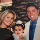 Oscar De La Hoya and Shanna Moakler - 454 x 384