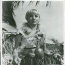 Diane Cilento - 454 x 561