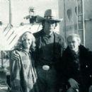 Sondra Locke, Clint Eastwood, Gordon Anderson - 454 x 474
