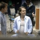Carey Mulligan – Filming 'Collateral' set in London - 454 x 295