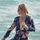 Hayden Panettiere at the Beach in Miami 12/1/ 2016 - 454 x 604