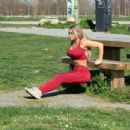 Bianca Gascoigne – Having an exercising session in Kent - 454 x 435