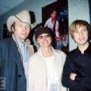 Beck and Ellen Degeneres and Dwight Yoakam - 454 x 307