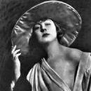 Dorothy Dalton - 454 x 674