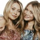 Mary-Kate And Ashley Olsen Twins - 454 x 340
