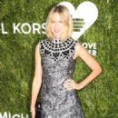 Naomi Watts – 12th Annual God's Love We Deliver 'Golden Heart Awards' in NY - 454 x 591