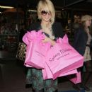 Paris Hilton Shopping For Britney Spears 26th Birthday, 2007-12-02
