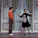 Broadway Dancers - 454 x 257