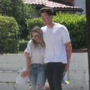 Hilary Duff with her boyfriend Ely Sandvik in LA - 454 x 681