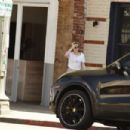 Kristen Stewart – Out for lunch at Kismet in LA