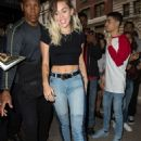 Miley Cyrusheading to dinner in New York City - 454 x 671