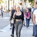 Courtney Stodden and Chris Sheng out in Beverly Hills - 454 x 612