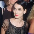 Winona Ryder At The 69th Annual Academy Awards (1997) - 425 x 640