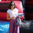 Jenna Dewan at Farmer's Market in Los Angeles - 454 x 705
