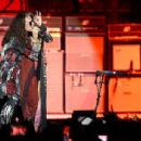 Steven Tyler of Aerosmith performs at the Capital One JamFest during the NCAA March Madness Music Festival 2017 on April 2, 2017 in Phoenix, Arizona - 454 x 306