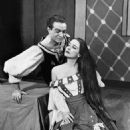 Alfred Drake and Patricia Morison In The 1948 Broadway Musical KISS ME KATE - 454 x 537