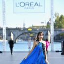Luma Grothe – L'Oreal Runway Show in Paris