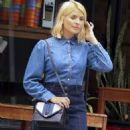 Holly Willoughby in Jeans Skirt – Out in Sydney - 454 x 611